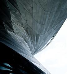 (samuel ludwig) Tags: architecture germany munich nikon d200 2009 coophimmelblau bmwwelt wolfprix 24mmpce squaretangle squaretangle