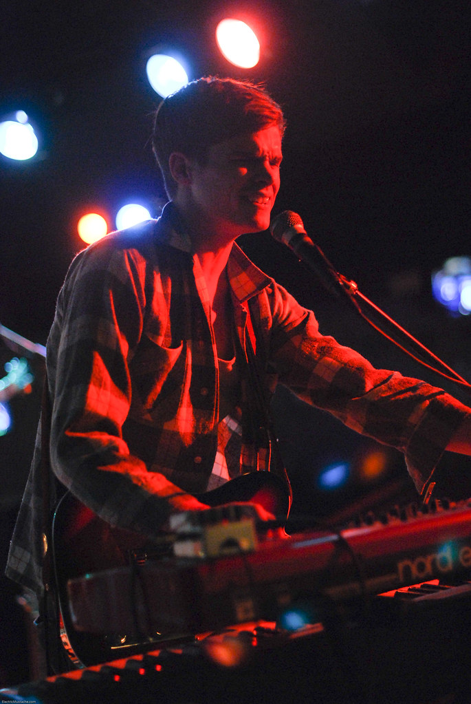 Wooden Sky @ The Rhythm Room 10-14-09-7