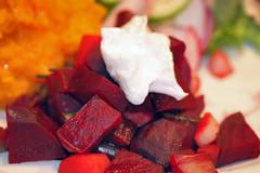 borscht serving