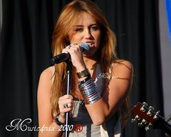 Miley Cyrus (Music4mix) Tags: world people music make climb los concert nikon montana day angeles grove district hannah disney best foundation event teen singer actress worlds both april celebrities 28 cyrus wish fairfax tamron channel 2010 the miley a d80 of 18250mm music4mix