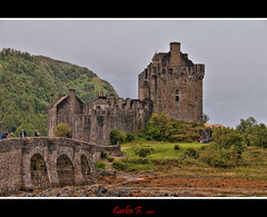 The Castle (Carlos F1) Tags: castle photoshop scotland highlands high nikon raw nef dynamic united kingdom escocia highland range eilean donan castillo hdr reino unido d300 dornie photomatix scotlanda