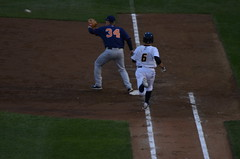 Ray Kruml Out At First (Allan Dykstra Making The Catch At First) (slgckgc) Tags: trenton dykstra trentonthunder binghamtonmets kruml allandykstra raykruml