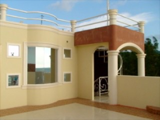 5794484539 c42055ac3b Crucita Beach Front Condo for Sale