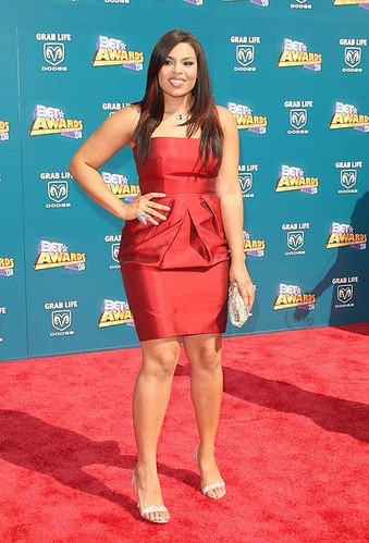 Jordan Sparks fashion, african american women fashion,beautiful red dresses