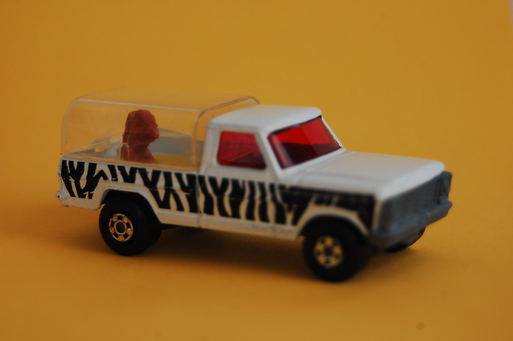 matchbox car  toy car pickup truck rollamatic 1970s