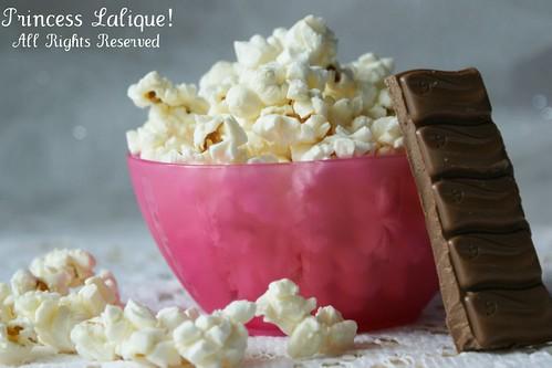 bar corn chocolate pop galaxy mmmmm tiffany delish ♣ ஐ ღღ... (Photo: Chёяяy ฿losSom [ In London] on Flickr)