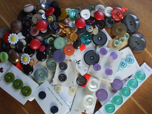 button stash #1