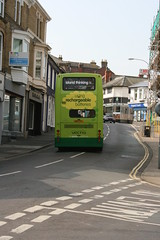 2009 04 19 10 SV Volvo HW52 EPL (IoW_Sparky (off line - again)) Tags: england bus canon island volvo unitedkingdom britain president isleofwight british wight shanklin iow plaxton southernvectis sandownbay hw52epl191