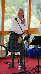 "David singing ""The Three Drunken Maidens"". (Vincent Mellon) Tags: scotland folkmusic aberfoyle thethreedrunkenmaidens heelstergowdie"