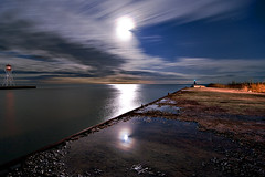 K20D0382 (Bob West) Tags: longexposure nightphotography moon lighthouse ontario night clouds lakeerie greatlakes fullmoon nightshots startrails erieau southwestontario bobwest k20d pentax1224 eastlighthouseerieau