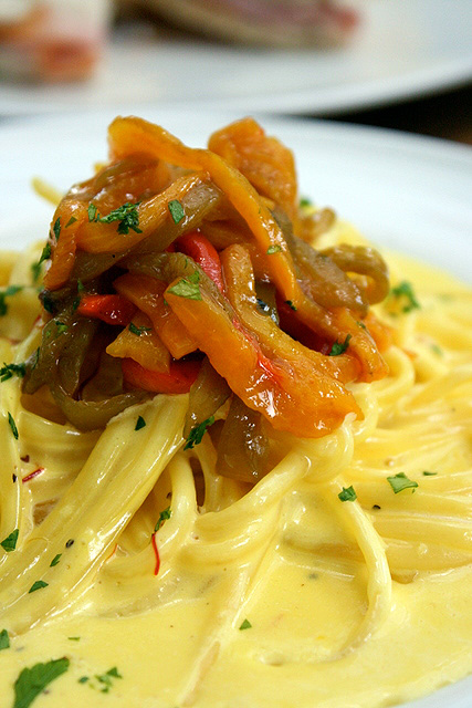 Pasta Crema di Zafferano (S$13.80): Linguine in saffron cream sauce with bell peppers