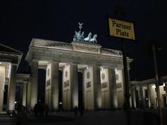 pariser platz (ÇaD) Tags: berlin architecture chad pariserplatz cagdas ozturk deger cagdasdeger