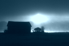 clat bleut (Sous l'Oeil de Sylvie) Tags: fog rural campagne brume matin chaudireappalaches notredamedespins