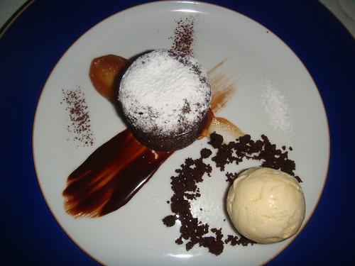 Tarta de Chocolate Fondant con helado de turrón