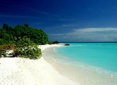 Heaven (Christophe_A) Tags: sunset beach geotagged colorful heaven best maldives mustsee sunisland d80 nikond80 nikongreekclub christopheanagno christopheanagnostopoulos χριστοφοροσαναγνωστοπουλοσ χριστόφοροσαναγνωστόπουλοσ