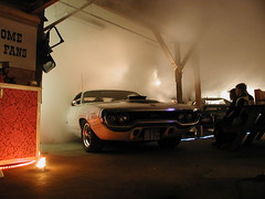 (MoStuff Sthlm) Tags: original party holiday plymouth indoor service hemi mopar burnout sthlm 426 gtx bergby mostuff helsans