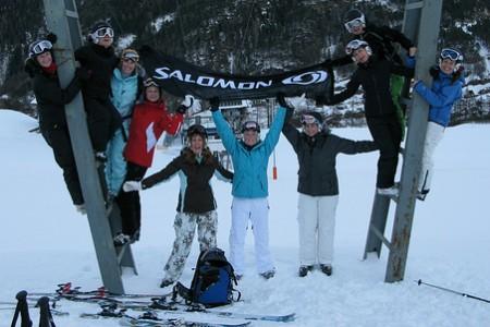 5708e55f5f6 I holky to umí pěkně rozjet - Lyžování - Články o lyžování - Wild-cat.cz