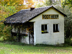 Root Beer Stand (W9NED) Tags: color building america midwest antique indiana amish southernindiana northamerica orangecounty rootbeer hdr paoli dschx1