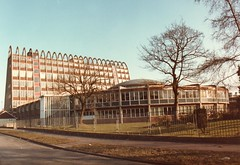 The Toastrack Building, Fallowfield, Manchester 1985 (Cybermyth13) Tags: city uk england urban building architecture campus manchester university friedegg 1980s 1985 metropolitan fallowfield mmu hollings toastrack manchestermetropolitanuniversity lchowitt