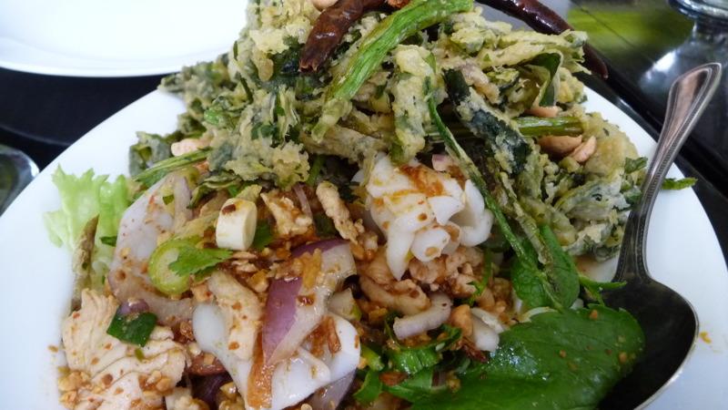 Crispy watercress salad with seafood