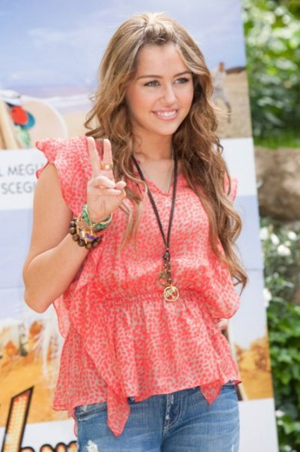 miley-rome-ravishing (3)