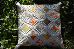 Arcadia Cathedral Windows (vintagemodernquilts | lisa) Tags: quilt moda pillow arcadia jellyroll sanae cathedralwindows vintagemodernquilts