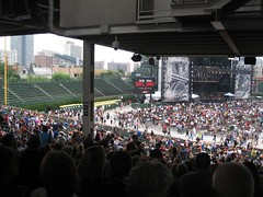 Bleachers look weird empty (mikepix) Tags: concert eltonjohn wrigleyfield billyjoel 2009 face2face