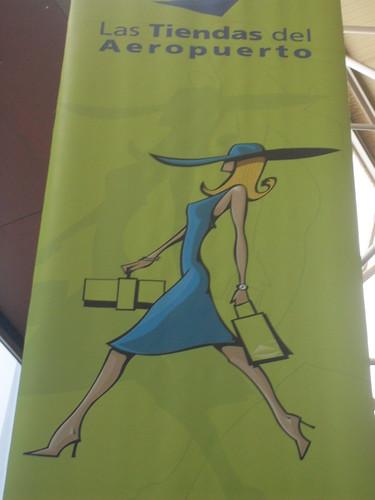 En las tiendas del Aeropuerto VI
