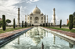 Taj Mahal (belthelem) Tags: trip travel india reflection nikon asia tajmahal agra reflejo hdr viajar mausoleo t100 mogol 100faves 50faves 10faves d80 35faves 25faves  aplusphoto world100f goldenart saariysqualitypictures oracope magicunicornverybest