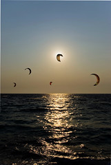 Eclipse (Sergio) Tags: sunset sea eclipse hellas kitesurfing greece ionian lefkada smcpentaxda1855mmf3556al pentaxk200d