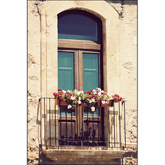 Marzamemi - Balcone (manlio_k) Tags: flower window vintage balcony retro sicily marzamemi sicilia manlio balcone homersiliad manliok