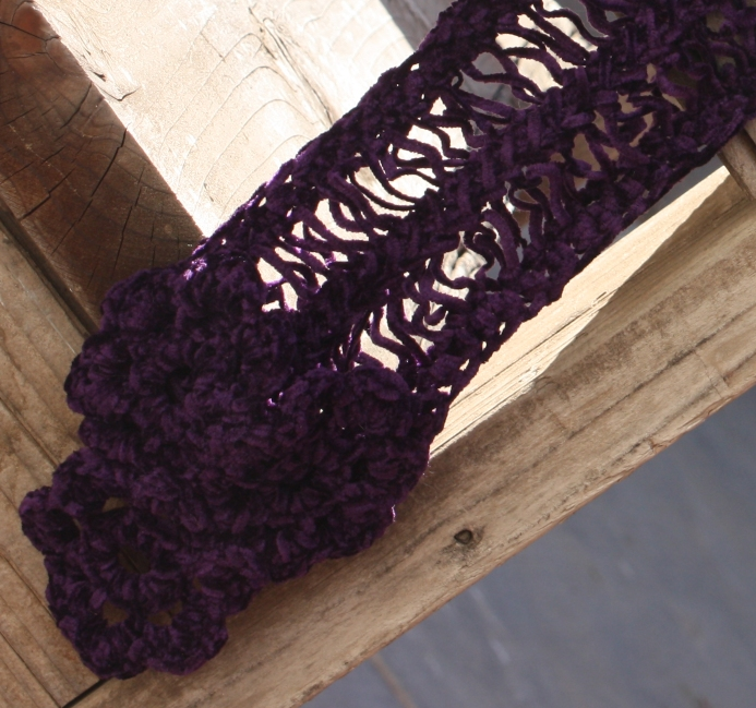 Tri-Flower Scarf close up