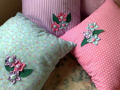 Almofada (Costurinhas Patch e Mdf -Elisama Aguiar) Tags: pano feltro boneca patchwork saco abajur almofada chaveiro