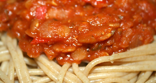 22 - Spaghetti with balsamico lentil tomatosauce - CloseUp