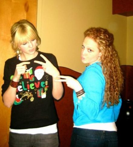 Taylor and Abigail by ♡♥burninup4jonas♥{molly}.