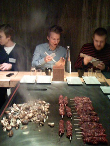 Bloggy.se getting ready for Teppanyaki