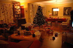 Lazy Christmas day (Radjibel) Tags: sam tr jl kerti trausti ks