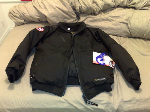 Canada Goose kids outlet 2016 - FS: Brand New Canada Goose Squadron Jacket (Black, M)