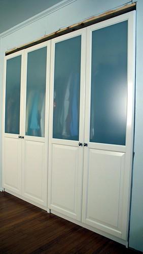 closet tall