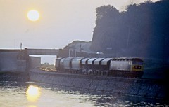 Class 47 47029 Teignmouth 27/7/82 (Stapleton Road) Tags: sunset train railway locomotive freight teignmouth class47