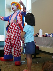 Charles the Clown making balloons (San Jos Library) Tags: california children clowns sanjos summerreading expressyourself libslibs librariesandlibrarians becreative 365libs ilovelibrariesorg sanjoslibrary charlestheclown