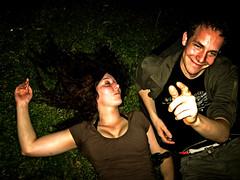 drunk couple (_tonidelong) Tags: party girl drunk germany fiesta chica weekend hamburg drinking alemania hamburgo borracho