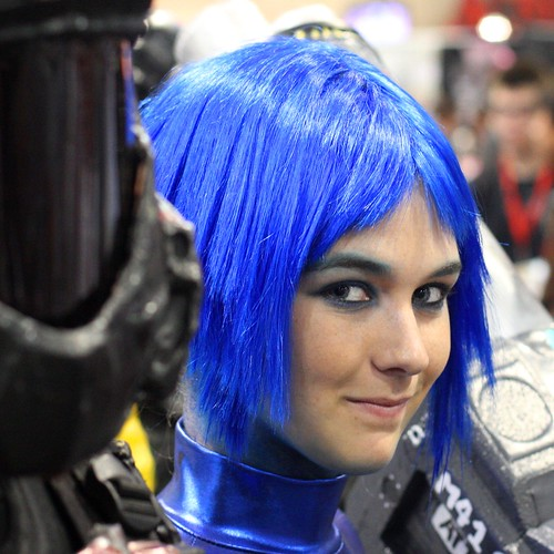 Blue hair cosplay at Comicon 2009,  San Diego