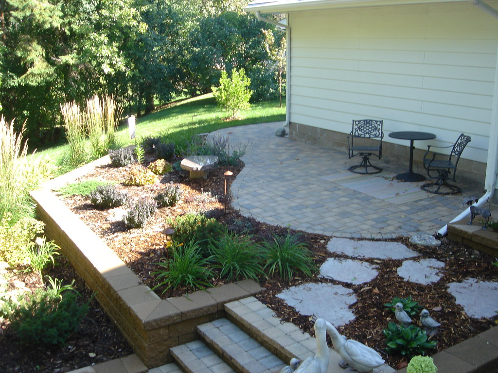 Patio With Plantings (Patio Town) Tags: Stone Creek Landscapes Natural  Stones Willow Villa