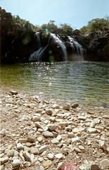 Cachoeira (Shigow) Tags: waterfall nikon mine victor mg 200 fm cachoeira 2550 provalue capitólio shigueru shigow