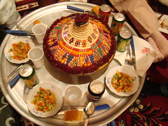 comida casa tradicional Oasis Gadames Libia 74 (Rafael Gomez - http://micamara.es) Tags: en sahara del de casa rojo arte desert interior comida el oasis viajes berber desierto habitat libya diseño pintada tuareg artesania ghadames tradicional diseños bereber libia decoraciones bereberes gadames gadamis gadamés