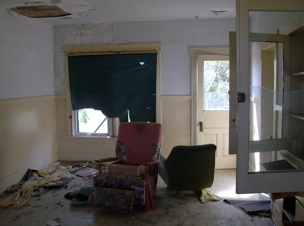 Uniontown Farmhouse, Living Room 1
