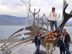 Roverway 09 Iceland (268) - Barco vikingo