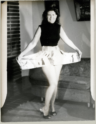 mom with skirt