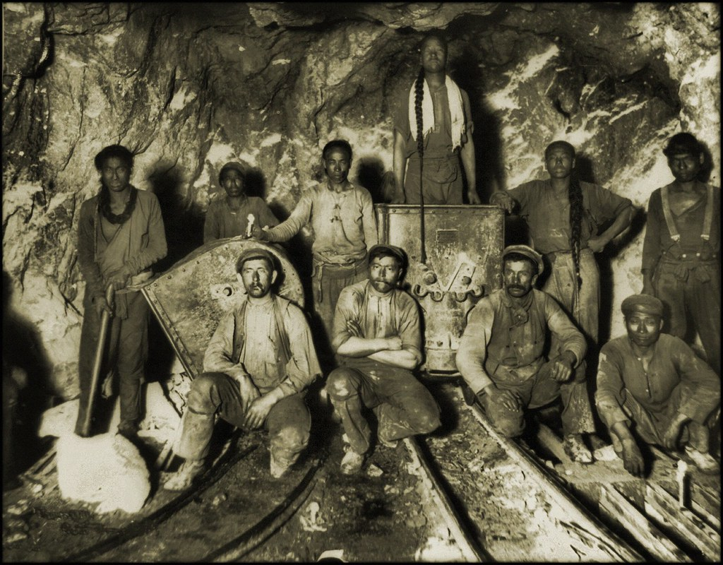 Black, Chinese & White Laborers In A Gold Mine In South Africa [c1890-1923] Frank & Frances Carpenter [RESTORED]